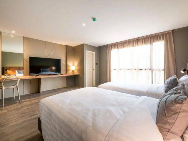 https://thailand-directory.com/wp-content/uploads/2021/01/Hotel-De-Trojan-Room-640x480.jpg
